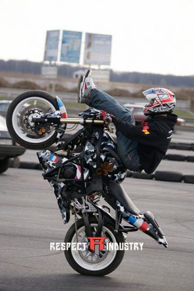 киев трюк на мотоциклах для профи