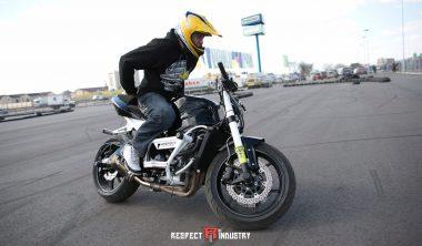 трюки на мотоциклах для профи киев respect school